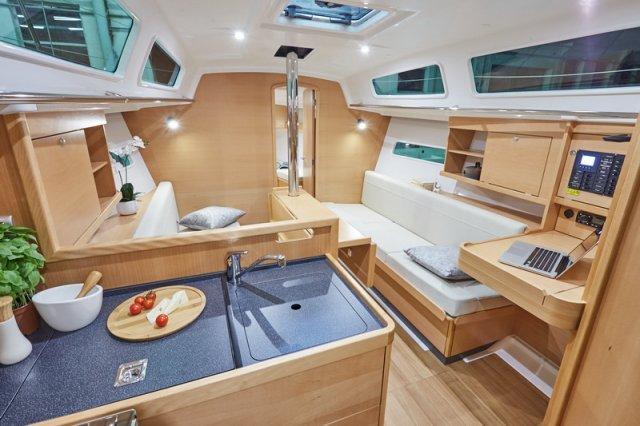 Trend Travel Yachting, Jeanneau Sun Odyssey 319. Innen 7