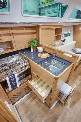 Trend Travel Yachting, Jeanneau Sun Odyssey 319. Innen 6