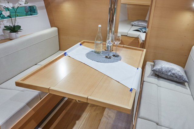 Trend Travel Yachting, Jeanneau Sun Odyssey 319. Innen 2