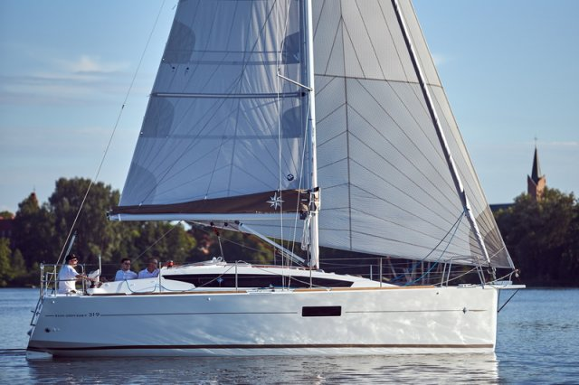 Trend Travel Yachting, Jeanneau Sun Odyssey 319. unter Segeln