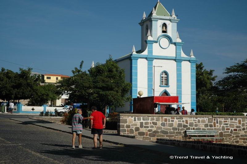 Trend Travel Yachting Santiago Kirche