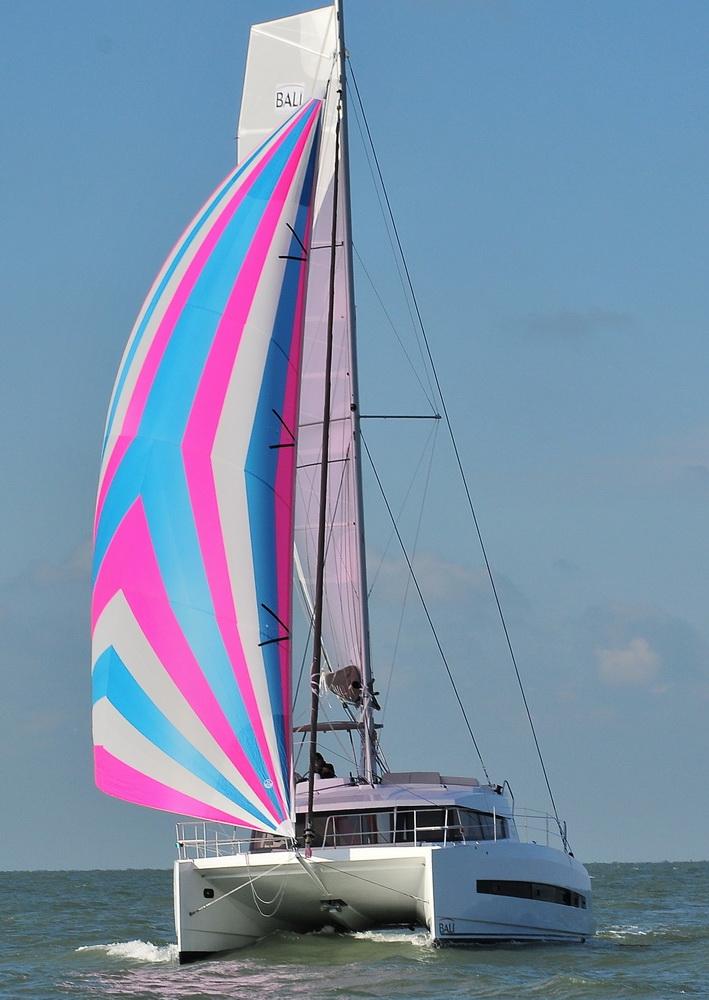 Bali 4.1 Trend Travel Yachting 40