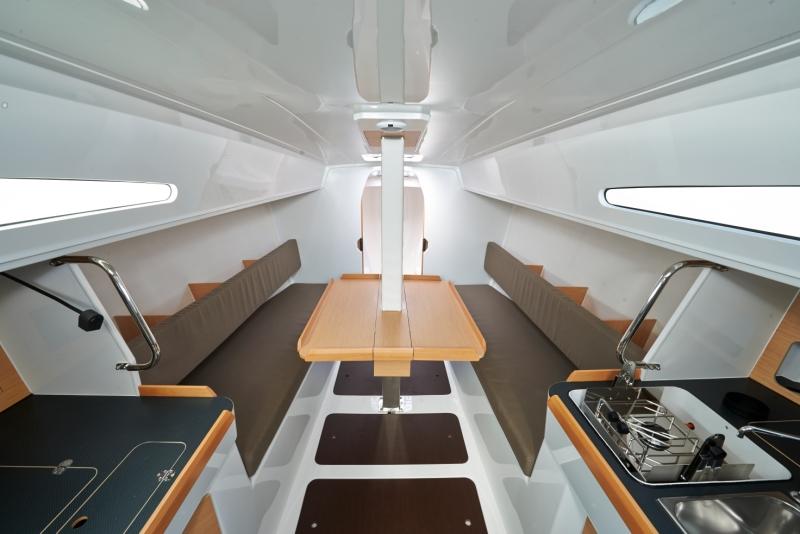 Trend Travel Yachting, Jeanneau Sun Fast 3600 Innenansicht (2)