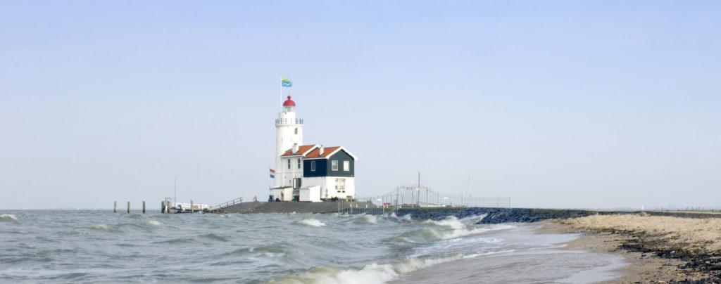 Trend Travel Yachting Charter Holland - Ijsselmeer, Marken Leuchtturm