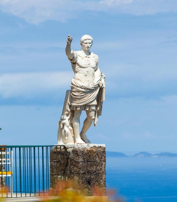 Trend Travel Yachting Charter Italien - Skulptur Augustus, Capri