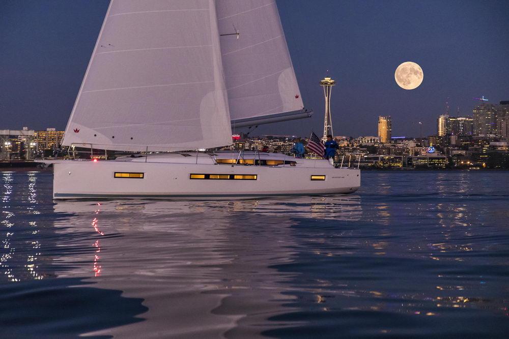 Trend Travel Yachting Jeanneau Sun Odyssey 490, Chartern oder Kaufen. Sonnenuntergang geniessen am Deck (4)