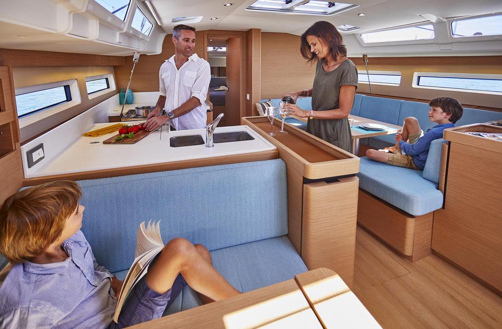 Trend Travel Yachting Jeanneau Sun Odyssey 490, Chartern oder Kaufen. Interieur (3)