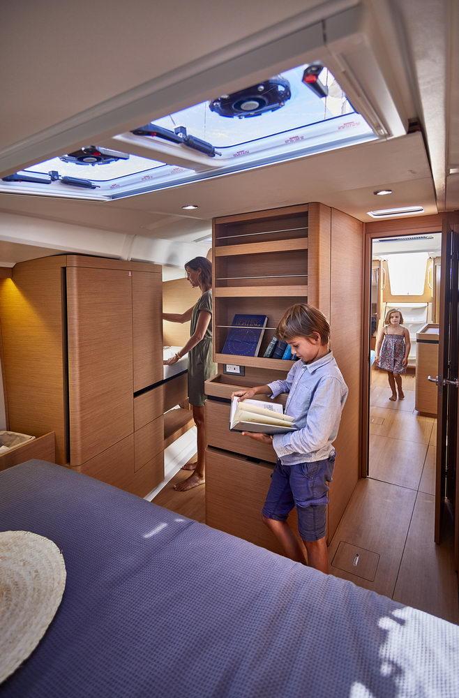 Trend Travel Yachting Jeanneau Sun Odyssey 490, Chartern oder Kaufen. Interieur (1)