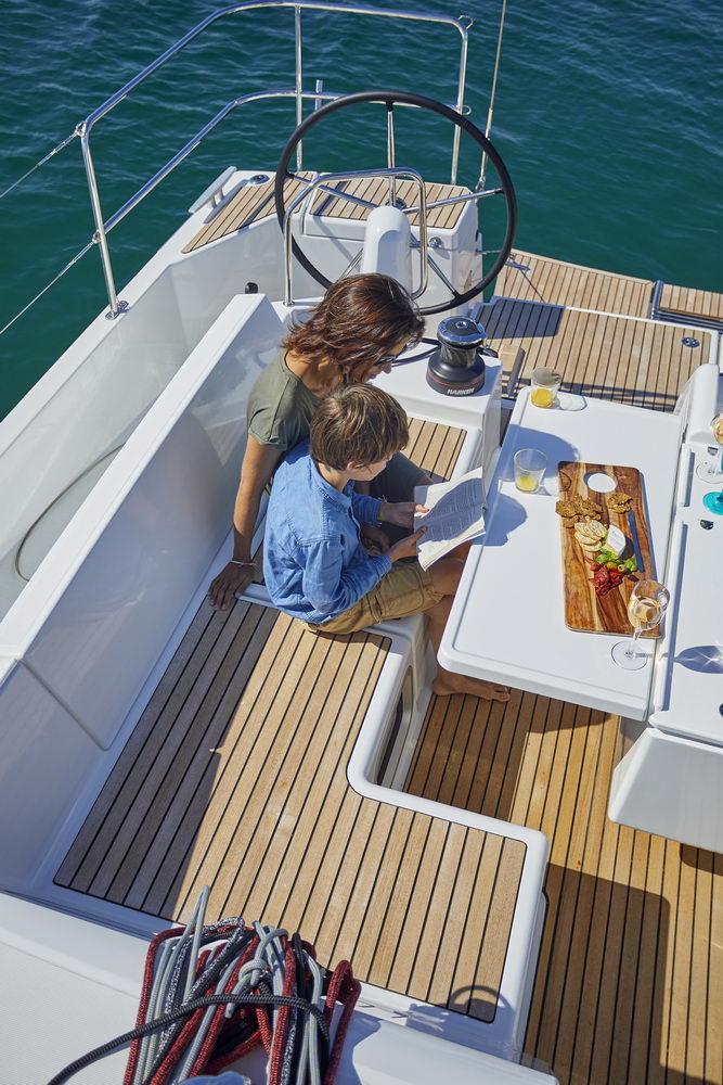 Trend Travel Yachting Jeanneau Sun Odyssey 490, Chartern oder Kaufen. Sonne geniessen am Deck (14)