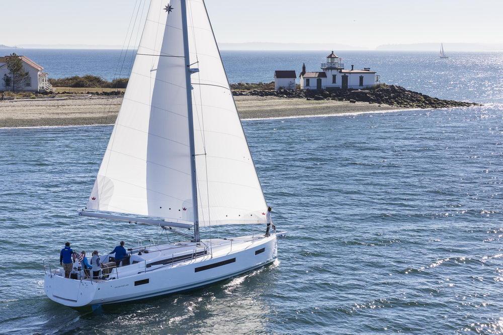 Trend Travel Yachting Jeanneau Sun Odyssey 490, unter Segeln (64) Chartern oder Kaufen.