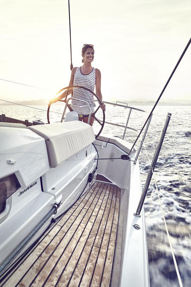 Trend Travel Yachting Jeanneau Sun Odyssey 490, Chartern oder Kaufen. Sonne geniessen amTeakdeck (2)