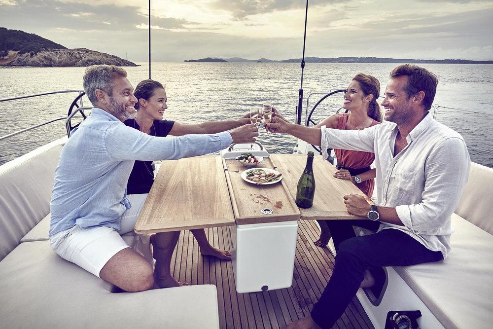 Trend Travel Yachting Jeanneau Sun Odyssey 490, Chartern oder Kaufen. Mit Cockpittisch aus Holz (3)