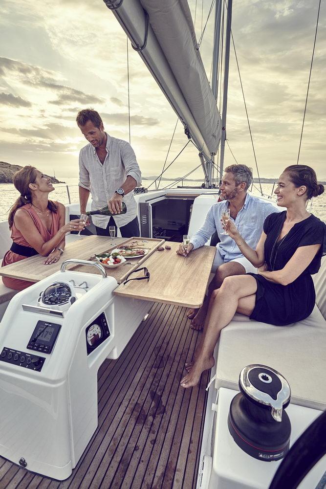 Trend Travel Yachting Jeanneau Sun Odyssey 490, Chartern oder Kaufen. Mit Cockpittisch aus Holz (2)