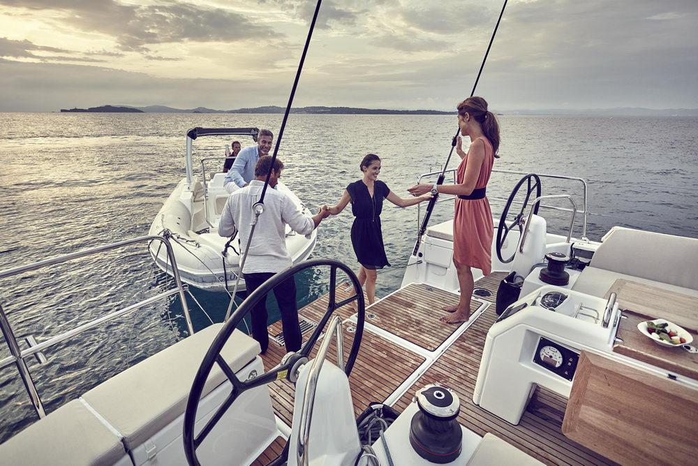 Trend Travel Yachting Jeanneau Sun Odyssey 490, Chartern oder Kaufen. Ausflug mit Dinghy