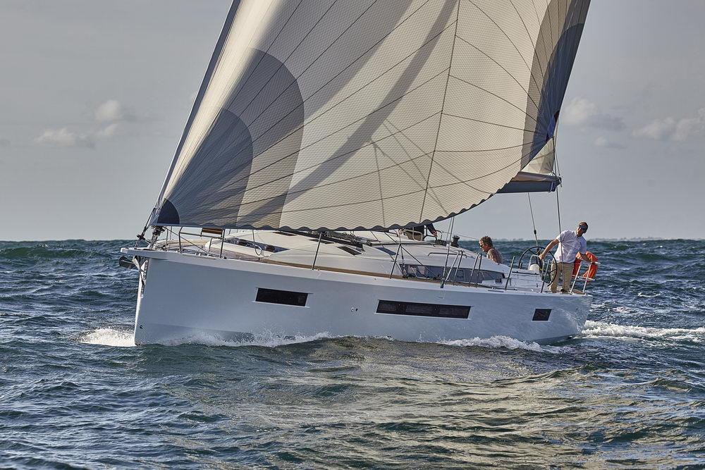 Trend Travel Yachting Jeanneau Sun Odyssey 490, unter Segeln (54) Chartern oder Kaufen.