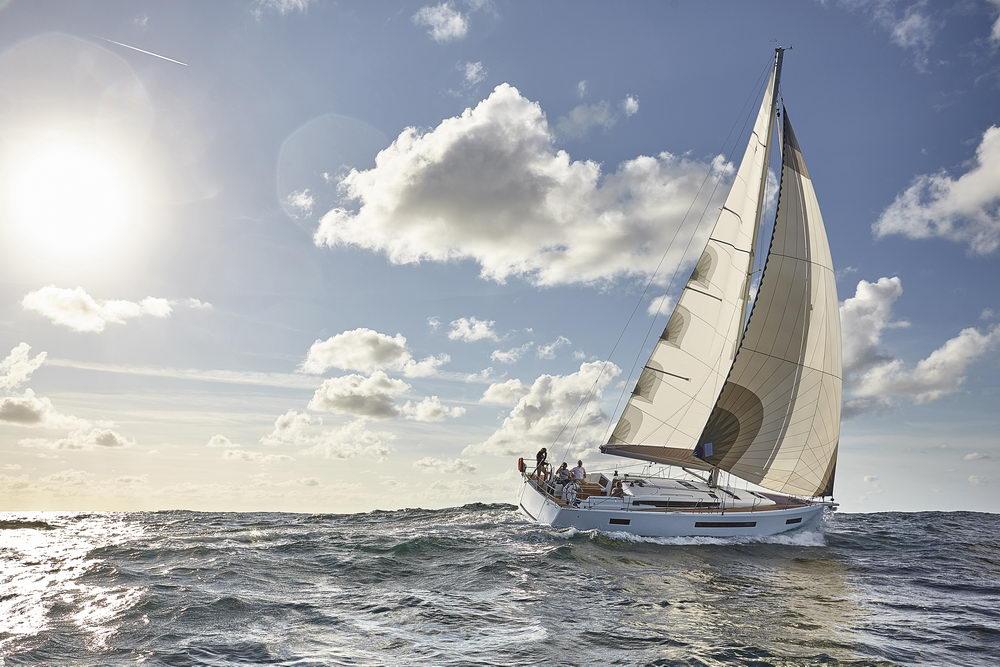 Trend Travel Yachting Jeanneau Sun Odyssey 490, unter Segeln (53) Chartern oder Kaufen.