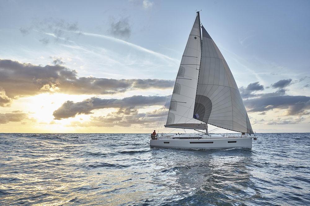 Trend Travel Yachting Jeanneau Sun Odyssey 490, unter Segeln (45) Chartern oder Kaufen.