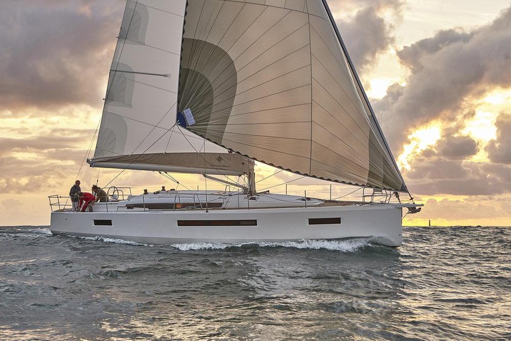 Trend Travel Yachting Jeanneau Sun Odyssey 490, unter Segeln (40) Chartern oder Kaufen.