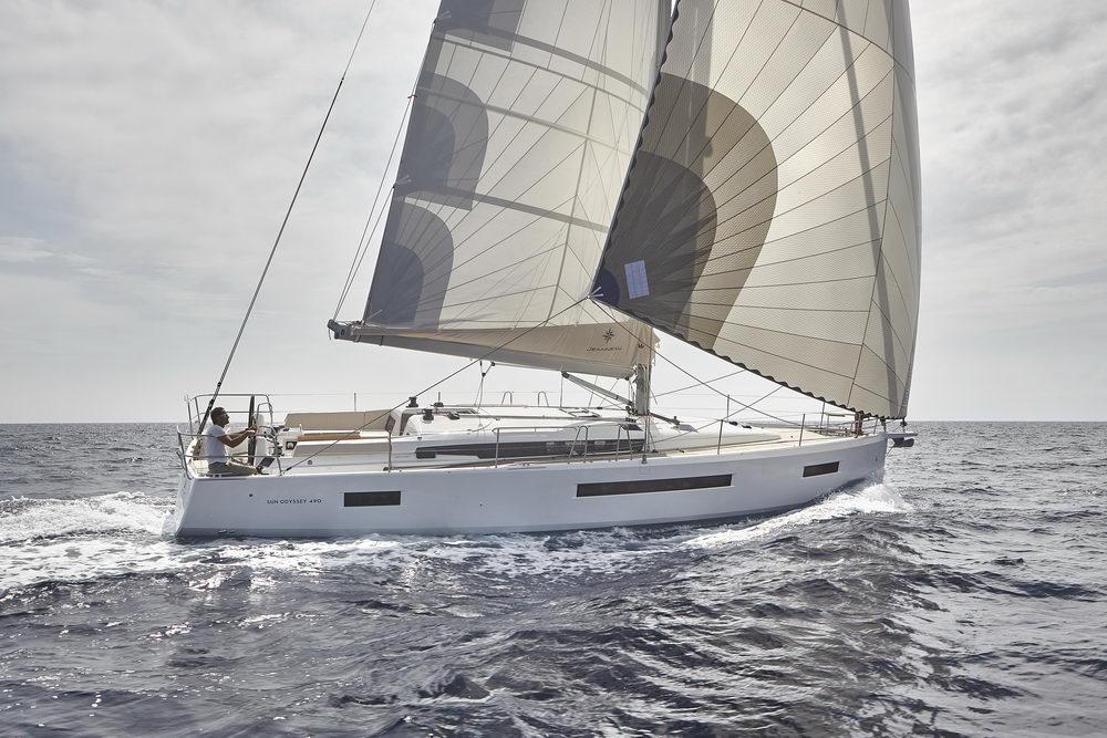 Trend Travel Yachting Jeanneau Sun Odyssey 490, unter Segeln (31) Chartern oder Kaufen.
