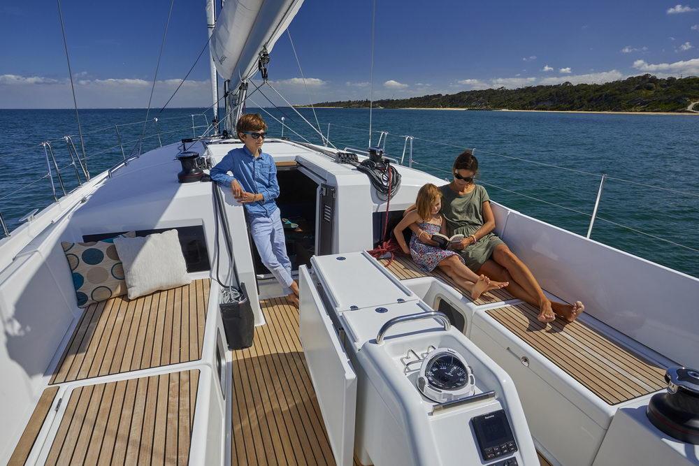 Trend Travel Yachting Jeanneau Sun Odyssey 490, Chartern oder Kaufen. Sonne geniessen am Deck (10)