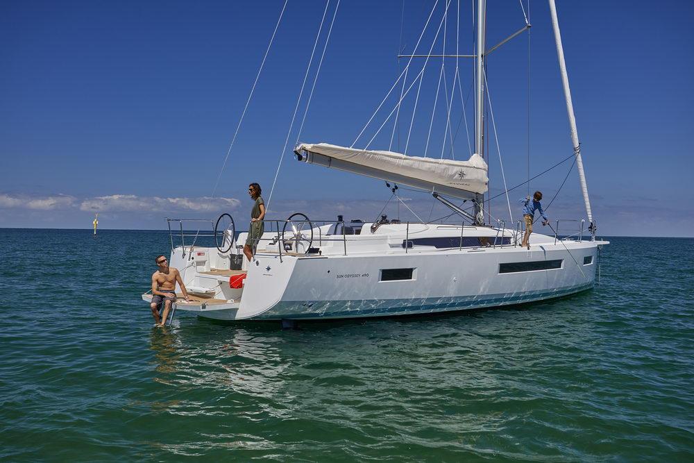 Trend Travel Yachting Jeanneau Sun Odyssey 490, Chartern oder Kaufen. Sonne geniessen am Deck (9)