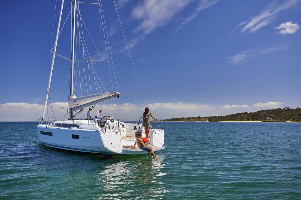 Trend Travel Yachting Jeanneau Sun Odyssey 490, Chartern oder Kaufen. Sonne geniessen am Deck (3)