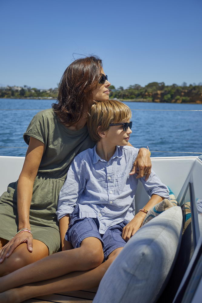 Trend Travel Yachting Jeanneau Sun Odyssey 490, Chartern oder Kaufen. Sonne geniessen am Deck
