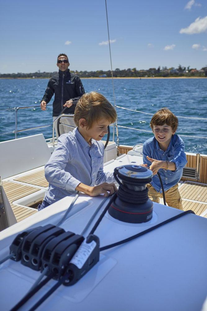 Trend Travel Yachting Jeanneau Sun Odyssey 490, unter Segeln (21) Chartern oder Kaufen.