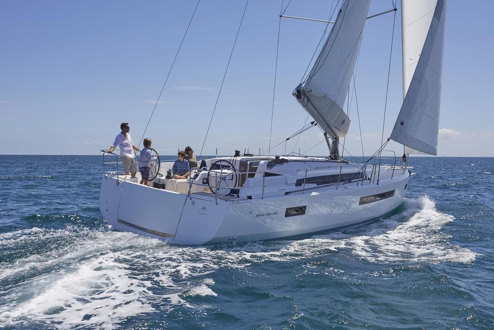 Trend Travel Yachting Jeanneau Sun Odyssey 490, unter Segeln (13) Chartern oder Kaufen.