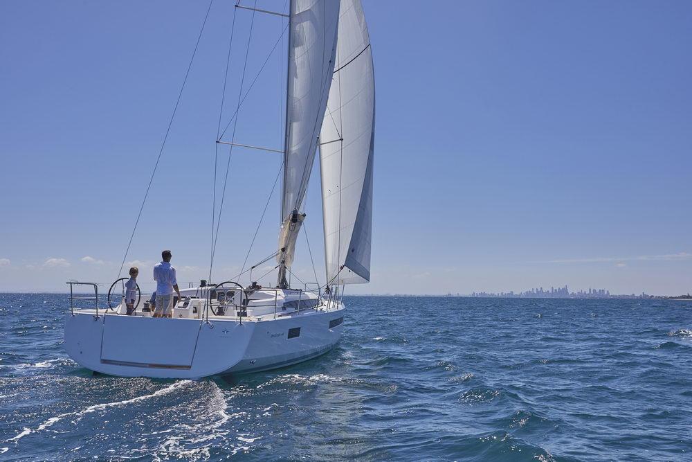 Trend Travel Yachting Jeanneau Sun Odyssey 490, unter Segeln (12) Chartern oder Kaufen.