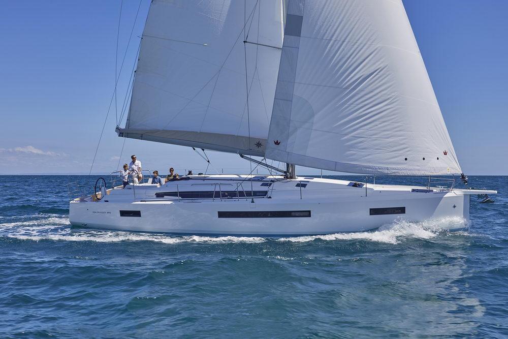 Trend Travel Yachting Jeanneau Sun Odyssey 490, unter Segeln (10) Chartern oder Kaufen.
