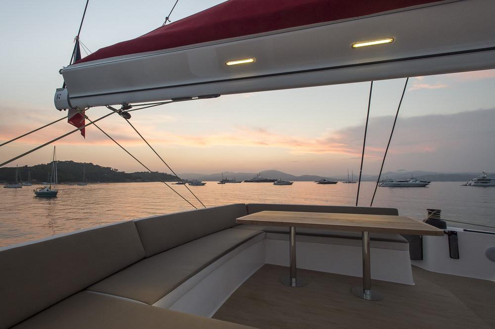 Trend Travel Yachting NEEL 65 Trimaran Aussen (20)