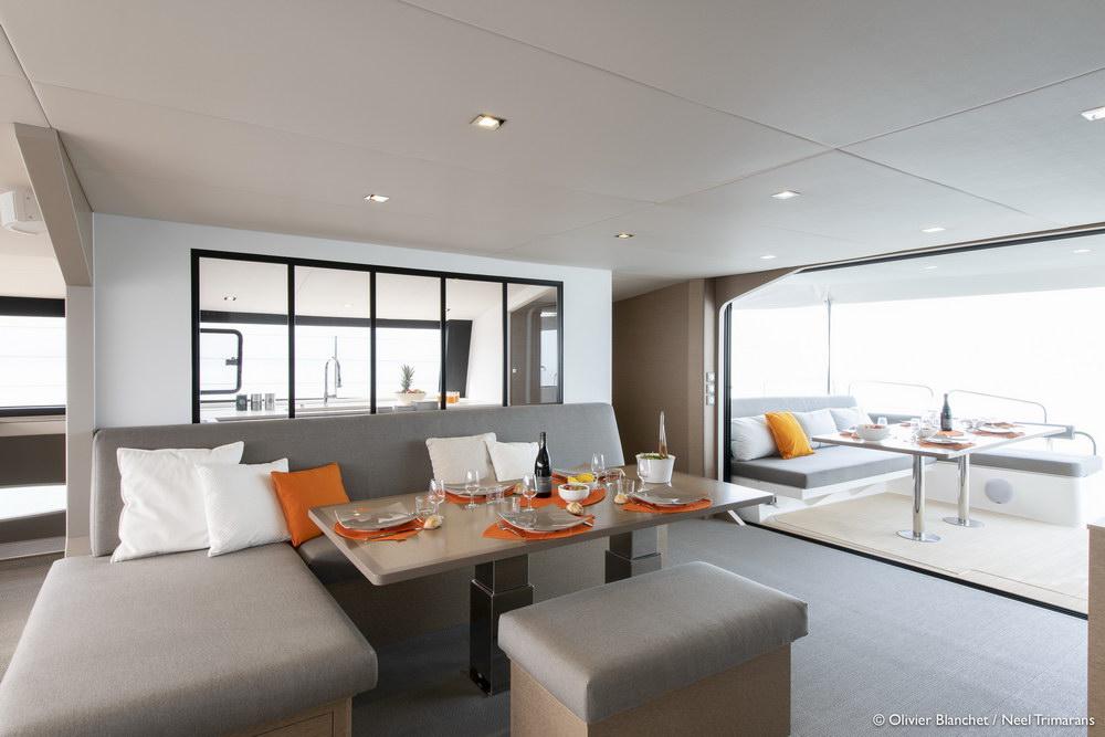 Trend Travel Yachting NEEL 65 Trimaran Innen (10)