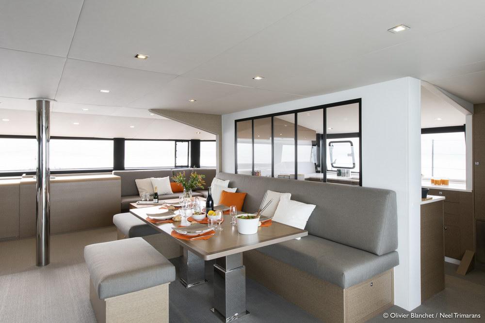 Trend Travel Yachting NEEL 65 Trimaran Innen (11)