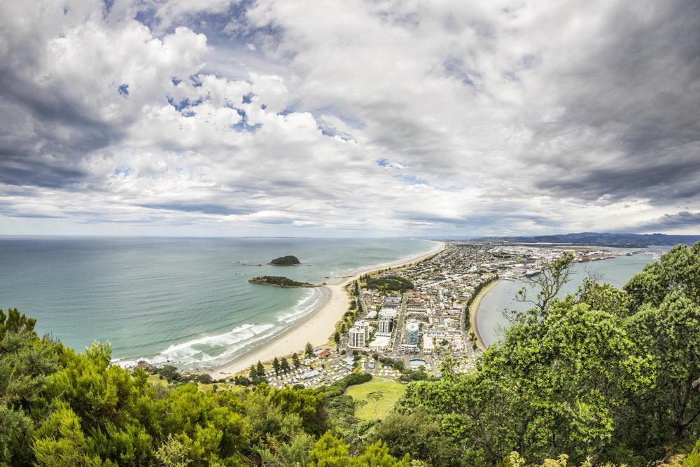 Trend Travel Yachting Neuseeland Yachtcharter. Blick auf Bay Of Plenty von Mount Maunganui