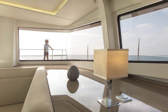 Trend Travel Yachting, Bali 4.5 Katamaran, Ausblick aus dem Salon