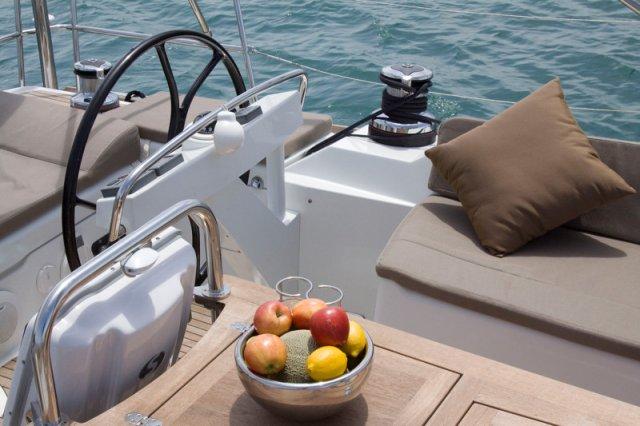 Trend Travel Yachting, Jeanneau Yacht 58. Kaufen oder Chartern beim Charterspezialist weltweit. Aussenansicht (8)