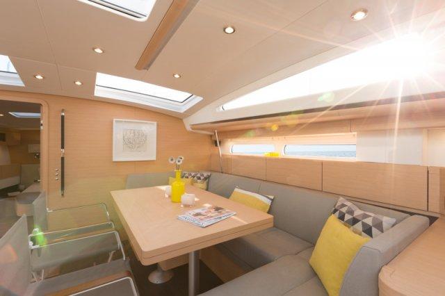 Trend Travel Yachting, Jeanneau Yacht 58. Kaufen oder Chartern beim Charterspezialist weltweit. Interieur (1)