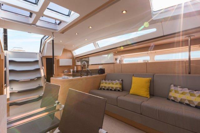 Trend Travel Yachting, Jeanneau Yacht 58. Kaufen oder Chartern beim Charterspezialist weltweit. Interieur (12)