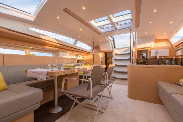 Trend Travel Yachting, Jeanneau Yacht 58. Kaufen oder Chartern beim Charterspezialist weltweit. Interieur (10)