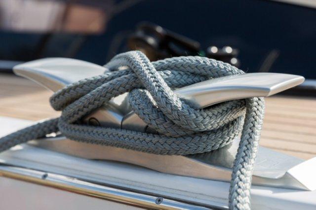 Trend Travel Yachting. Jeanneau Kaufen oder Chartern beim Segelspezialisten. Jeanneau Yacht 64, Aussenansicht (16)