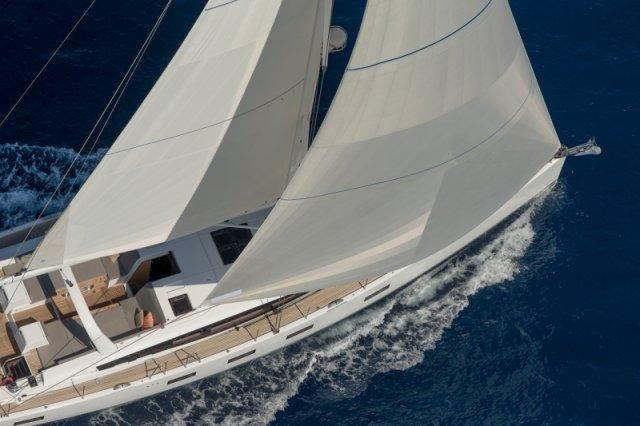 Trend Travel Yachting. Jeanneau Kaufen oder Chartern beim Segelspezialisten. Jeanneau Yacht 64, Aussenansicht (5)