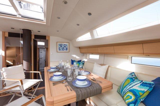 Trend Travel Yachting. Kaufen oder Chartern beim Segelspezialisten. Jeanneau Yacht 64, Interieur (9)