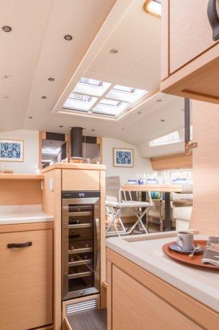Trend Travel Yachting. Kaufen oder Chartern beim Segelspezialisten. Jeanneau Yacht 64, Interieur (8)