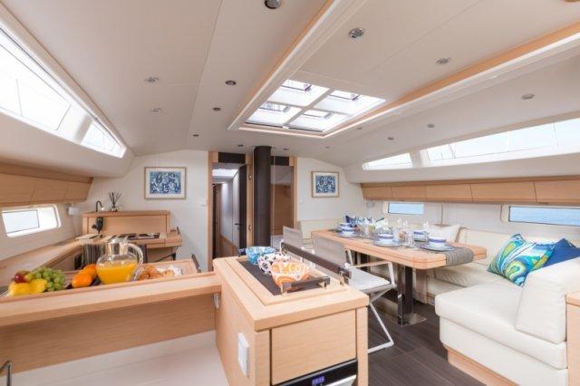 Trend Travel Yachting. Kaufen oder Chartern beim Segelspezialisten. Jeanneau Yacht 64, Interieur (6)
