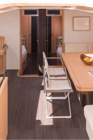 Trend Travel Yachting. Kaufen oder Chartern beim Segelspezialisten. Jeanneau Yacht 64, Interieur (4)