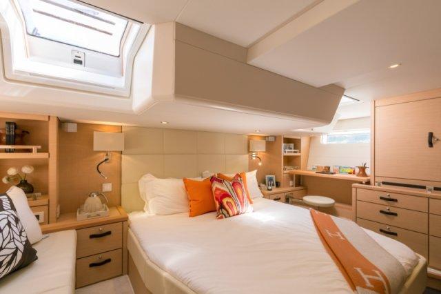 Trend Travel Yachting. Kaufen oder Chartern beim Segelspezialisten. Jeanneau Yacht 64, Interieur (1)