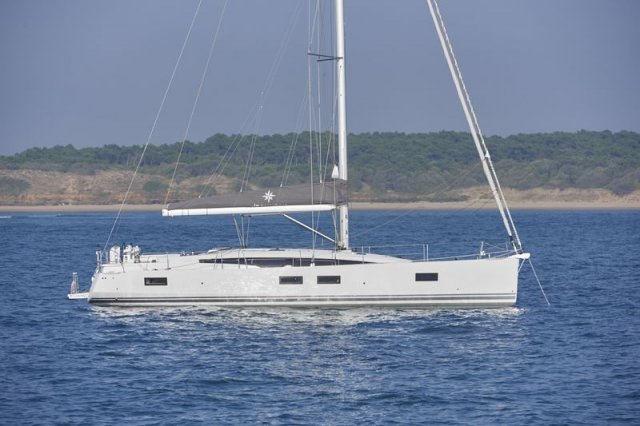 trend-travel-yachting-yachtverkauf-Jeanneau Yachts-51-Aussenbilder-7