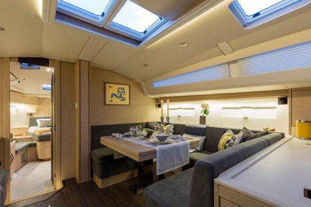 Trend Travel Yachting, Jeanneau Yacht 51. Kaufen oder Chartern beim Charterspezialist. Salon (7)