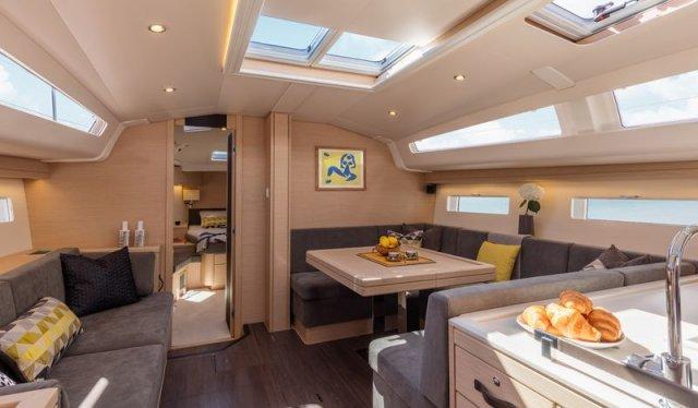Trend Travel Yachting, Jeanneau Yacht 51. Kaufen oder Chartern beim Charterspezialist. Details, Interieur (15)